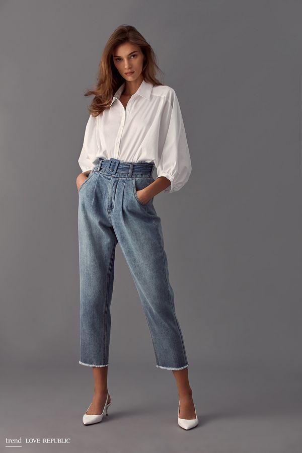 Короткие джинсовые брюки с поясом 9358194706-40