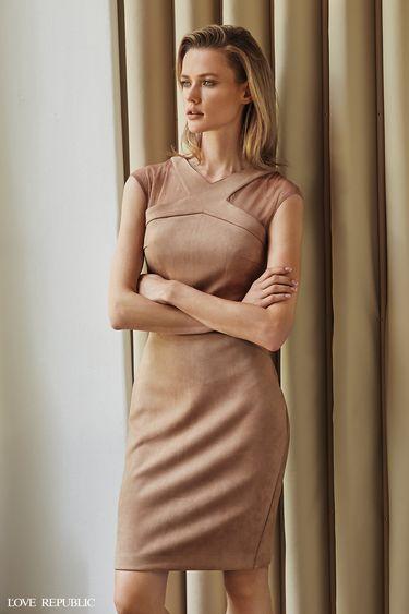 Платье из искусственной замши с прозрачными вставками 9358316505
