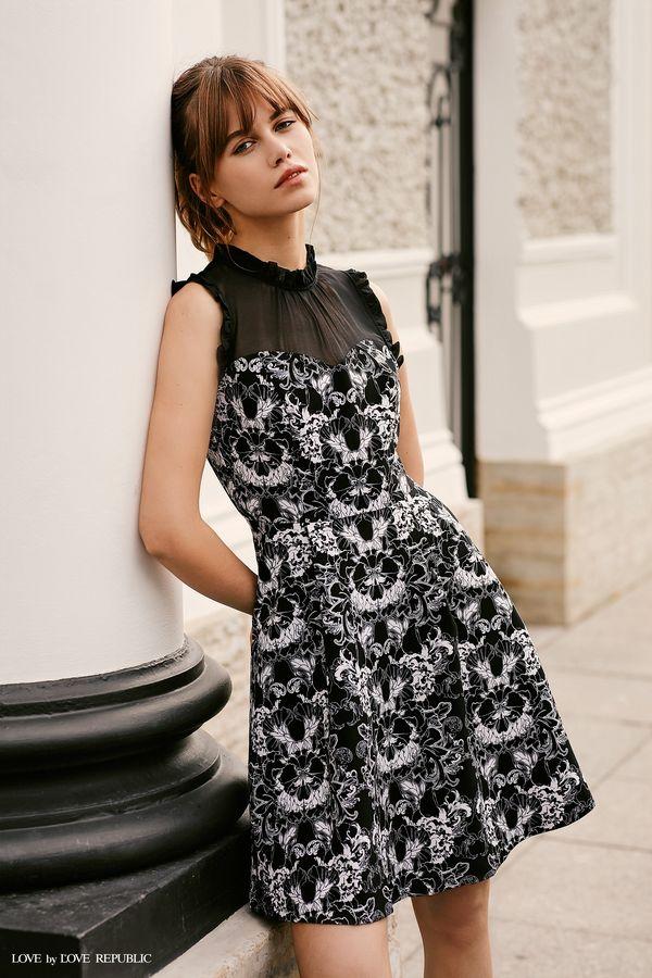 Платье с чёрно-белым цветочным принтом 9358568558-53