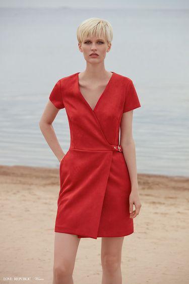 Мини-платье на запах с короткими рукавами 9358755517