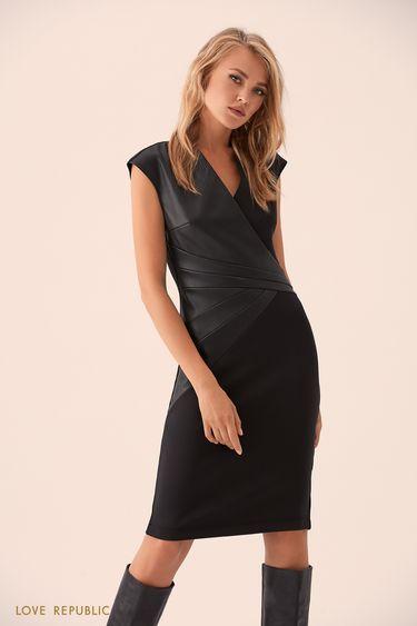 Чёрное платье кроя на запах со вставкой из кожи 9359063527