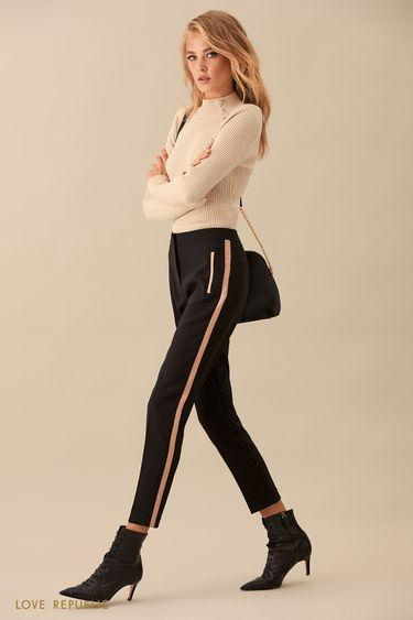 Укороченные брюки с розовыми лампасами 9359087739
