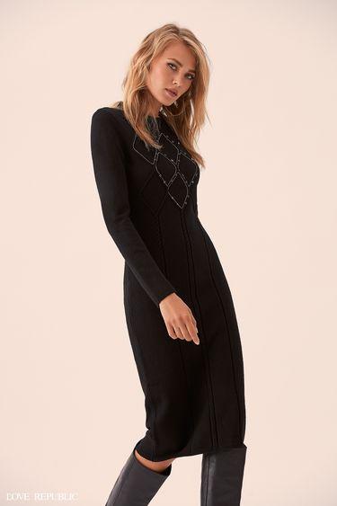 Платье-свитер с декором на груди 9359383511