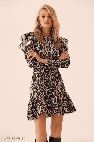 Мини-платье с леопардовым принтом и вырезами на плечах 9359502554