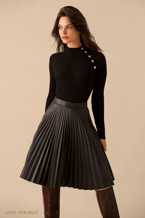 Чёрный свитер с декором на плече 9359633850-50