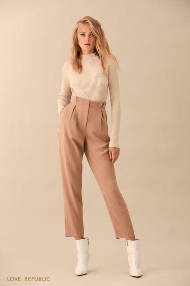 Песочные брюки с высокой талией с защипами 9359817706