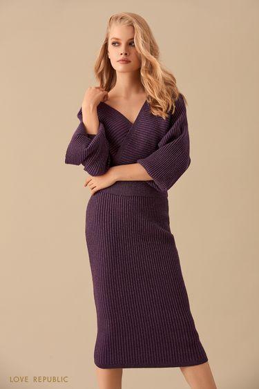 Короткий фиолетовый приталенный джемпер с люрексом 9450153830