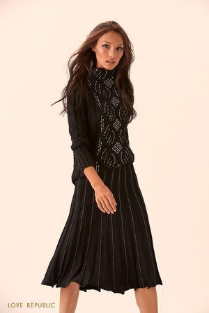 Плиссированная чёрная юбка из материала с люрексом