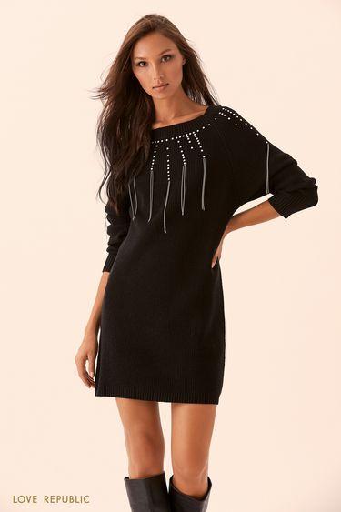 Трикотажное платье с декором из заклёпок и цепочек 9450411572