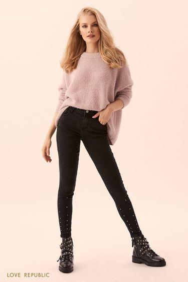 Узкие джинсы с металлическим декором 9450441701