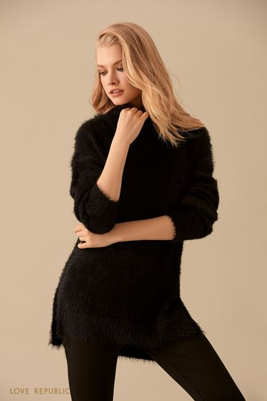 Чёрный удлинённый свитер с мягким ворсом 9450890829
