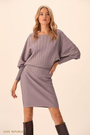 Трикотажное платьев в теплом сером оттенке с объёмным верхом фото
