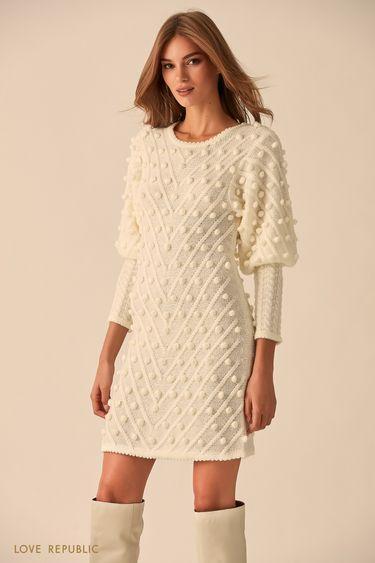 Платье молочного цвета с объёмными деталями  9451638571
