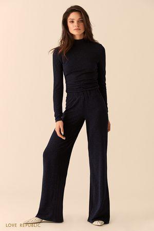 Широкие фиолетовые брюки из ткани с люрексом