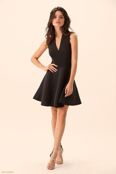 Чёрное платье с юбкой клёш  9452106525